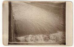 Gaujā un M.Baltezerā bija 2,5 m liela ūdens līmeņa atšķirība. Ūdens regulēšanai tika izveidotas slūžas un mākslīgās krāces. Foto: viena no krācēm 20.gs. 20.gadi.