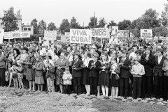 """Cīņa par mieru pasaulē. Mītiņš kolhozā """"Ādaži''. 1983.gada 4.jūnijs."""